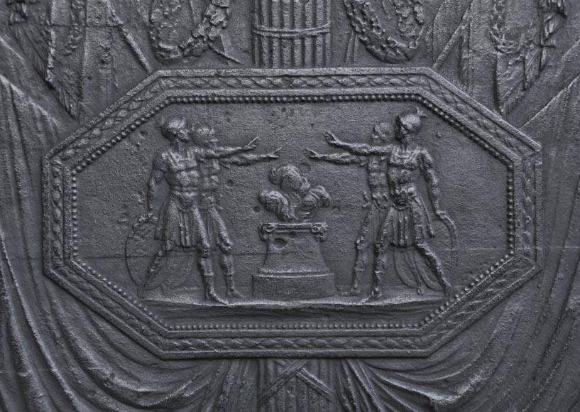 grande plaque de chemin e ancienne en fonte inspir e du serment des horaces de david premi re. Black Bedroom Furniture Sets. Home Design Ideas